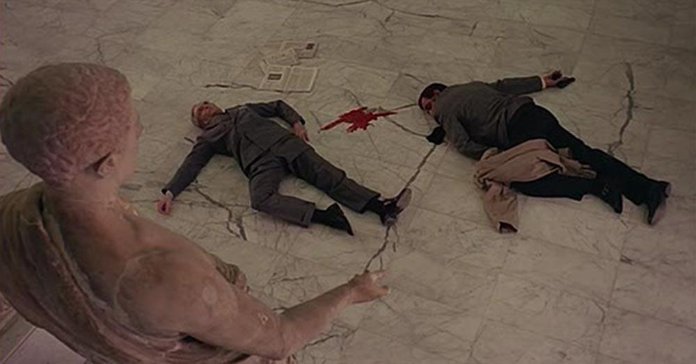 Scena tratta da Cadaveri Eccellenti