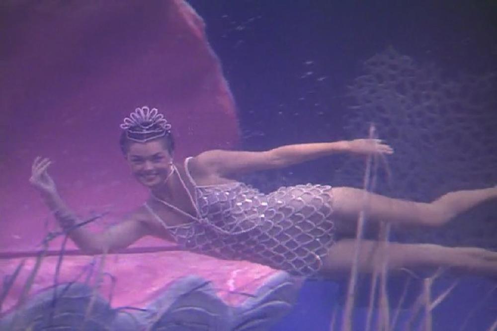Scena tratta da Million Dollar Mermaid