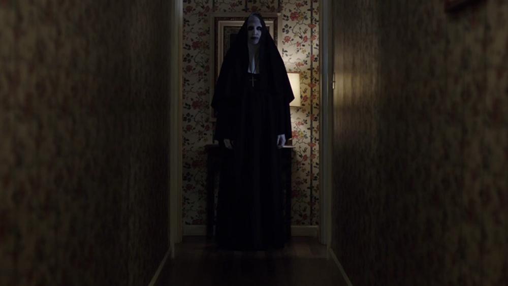 Scena tratta da The Conjuring - Il caso Enfield