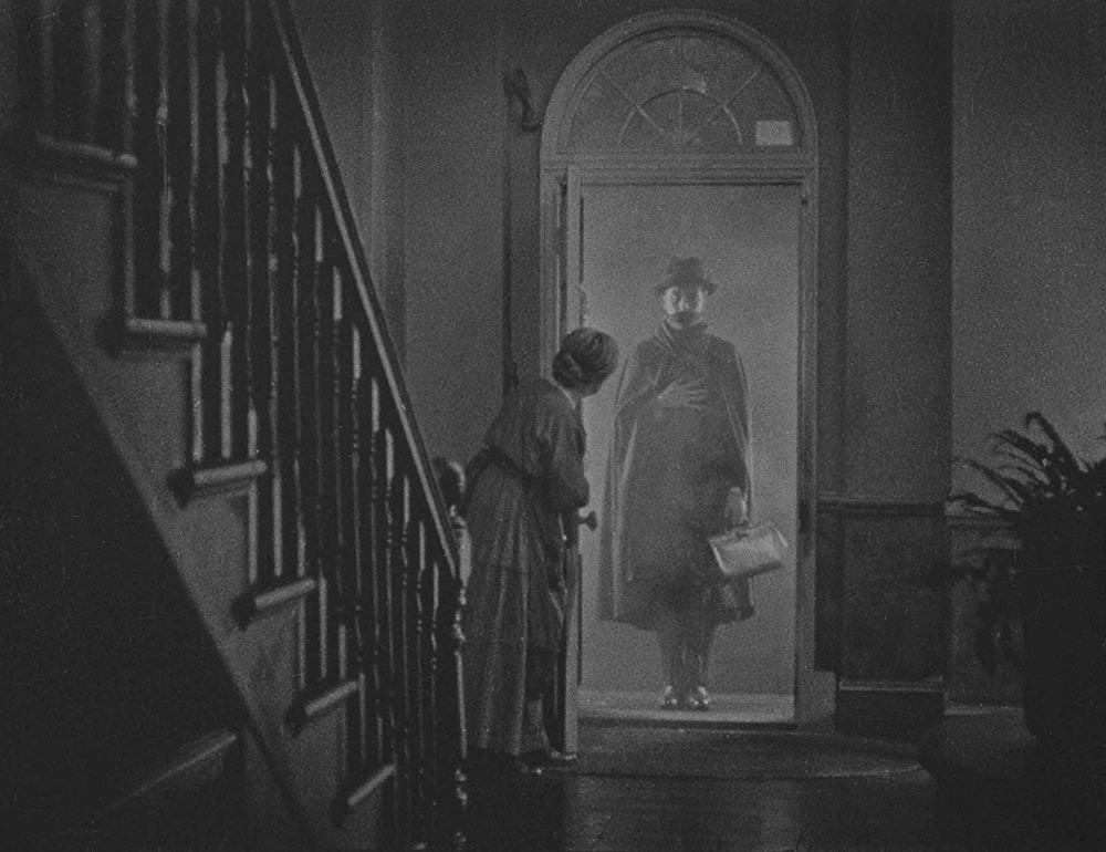 Scena tratta da The Lodger: A Story of the London Fog