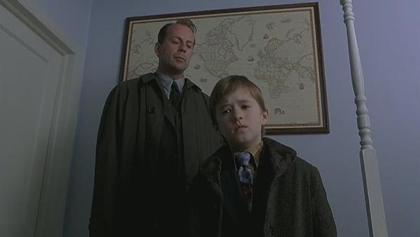 Scena tratta da The Sixth Sense