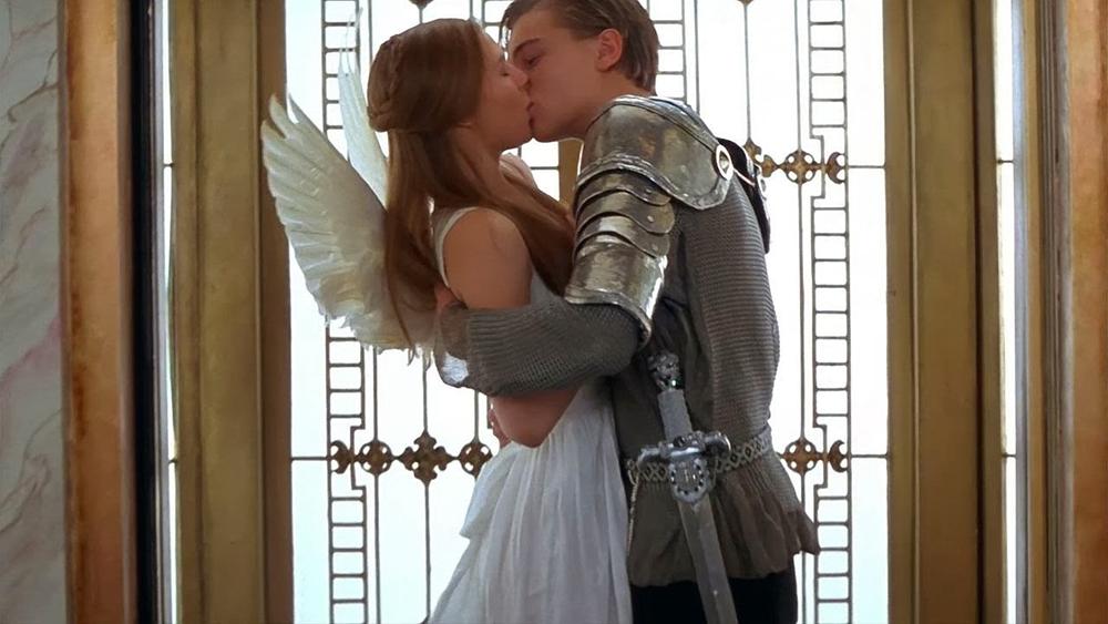 Scena tratta da Romeo + Giulietta di William Shakespeare